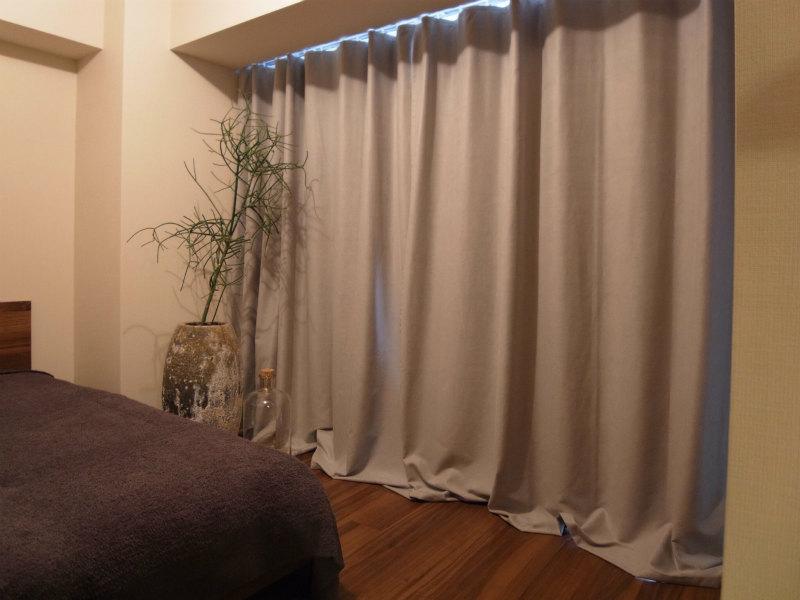 デザイナーズギルド ベッドルームカーテン