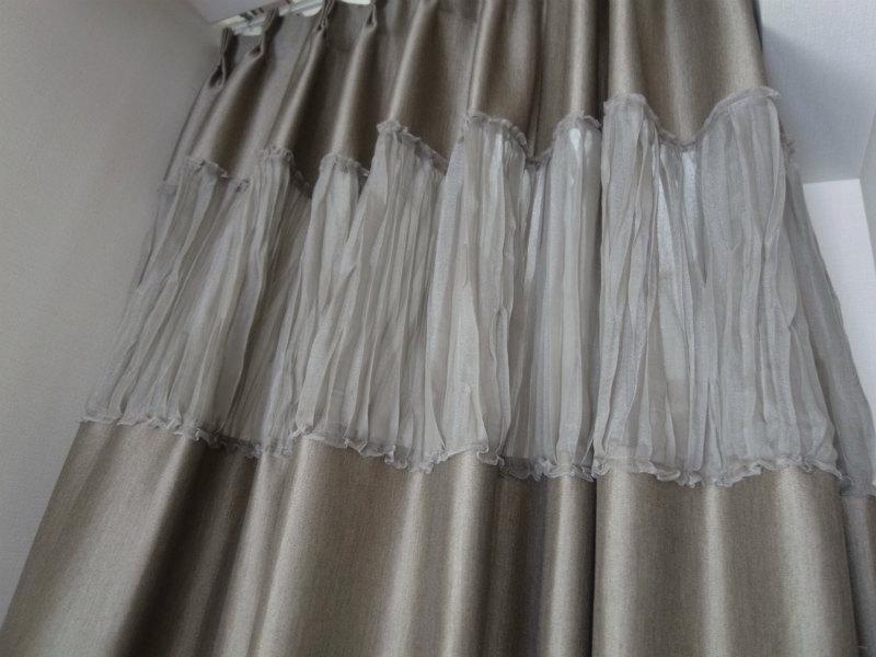 ボーダーカーテン 切り替えカーテン