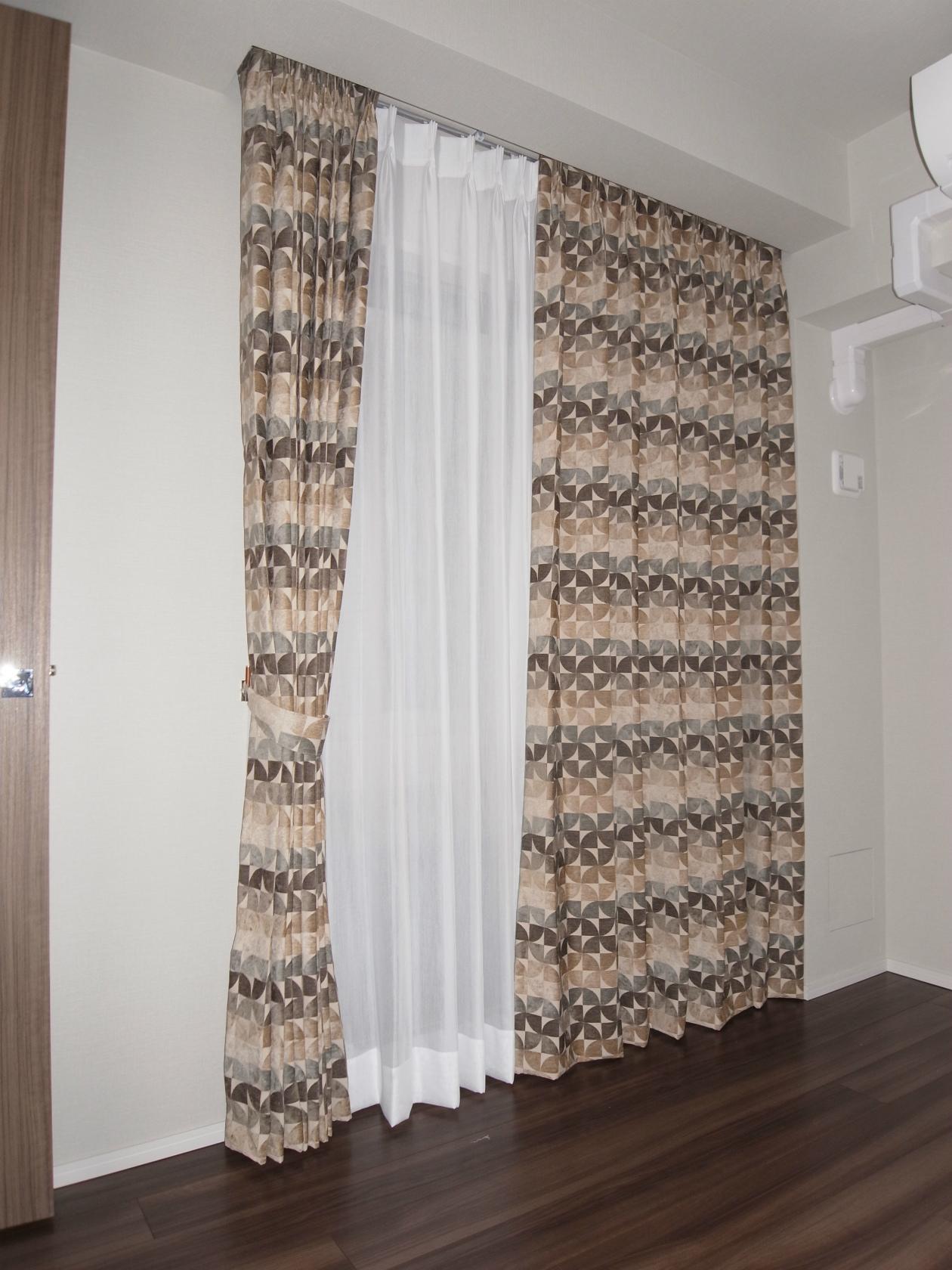 イギリス シェニールカーテン