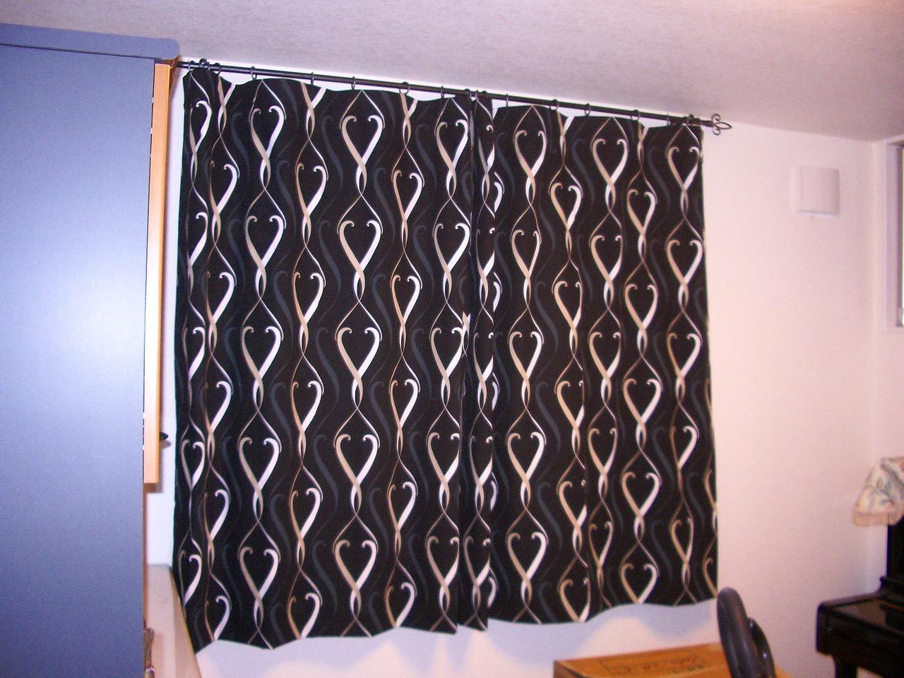 ピアノ室カーテン